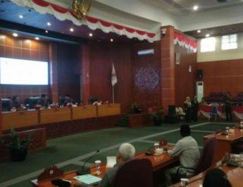 Paripurna Pandangan Umum Fraksi-Fraksi Atas LPJ APBD 2018